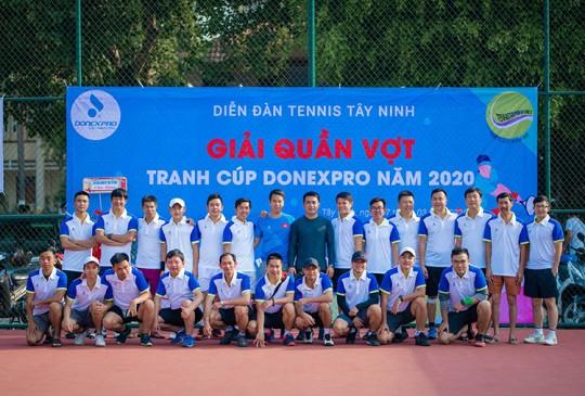 Giải Tennis diễn đàn Tây Ninh tranh cúp Donexpro: Sôi động, đam